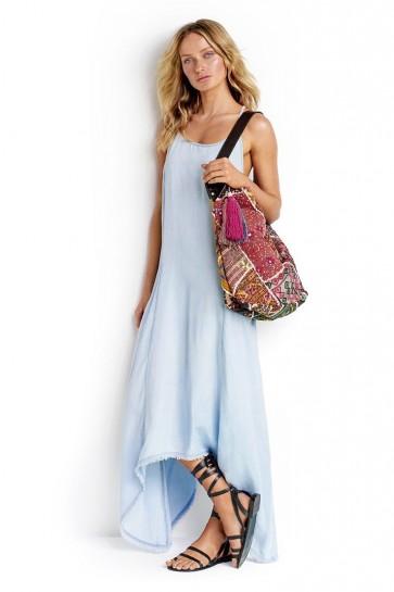 Drape Pocket שמלת מקסי קלילה,אסימטרית ומתנופפת, בצבע ג'ינס